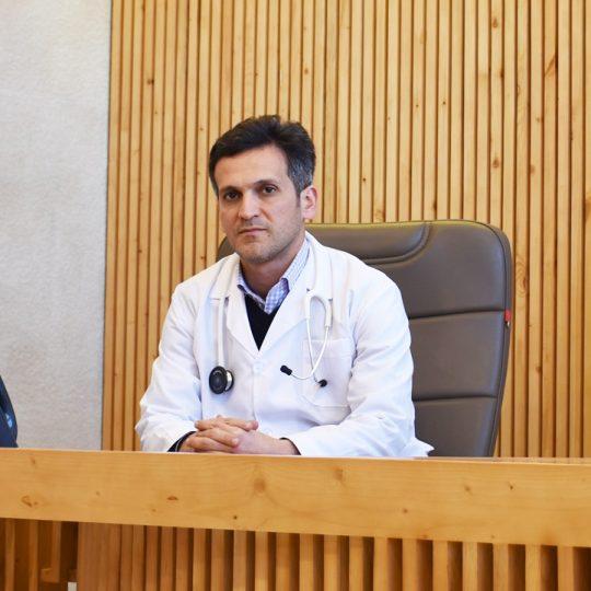 دکتر احسان جمشیدیان پزشک متخصص قلب در مشهد، پزشک متخصص قلب در مشهد، بهترین پزشک متخصص قلب در مشهد، کلینیک تخصصی قلب نگار مشهد
